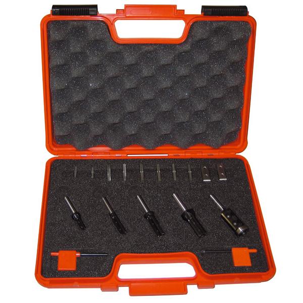 Freseborsett CMT with insert knives 8 mm 17 deler